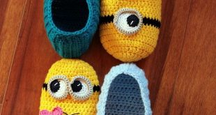 Crochet PATTERNS - Slippers and Purse | Instant Download