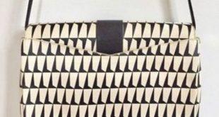 Geometric Pattern Leather Bag Purse Crossbody Eye catching design with gold slip...
