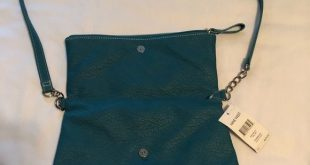 NWT! [Nine West] Crossbody Purse Crossbody purse (Nine West) Perfect for on the ...